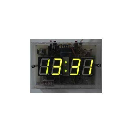 Relógio digital com display