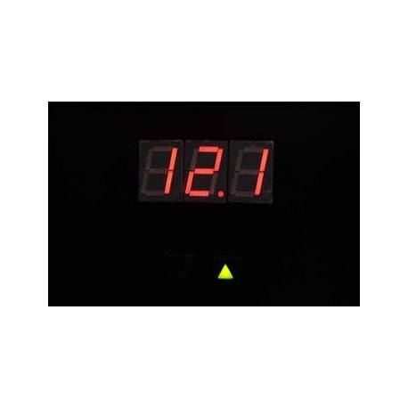 A Digital voltmeter