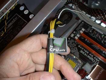 cable de alimentación de la CPU