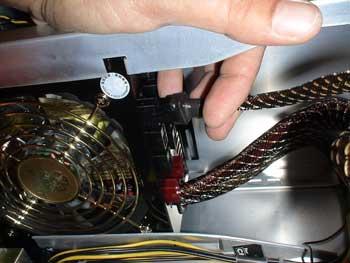 Conexión del cable de la fuente de alimentación